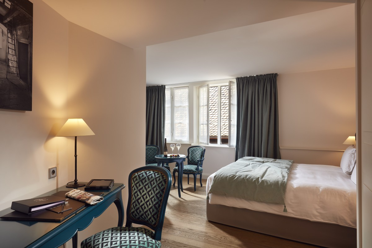 Hotel Cour du Corbeau Strasbourg - MGallery - 4-2-chambre-deluxe ...